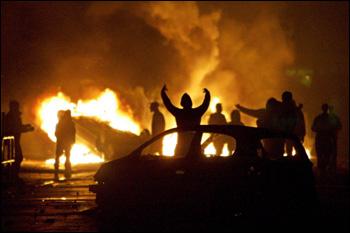 Paris brennt